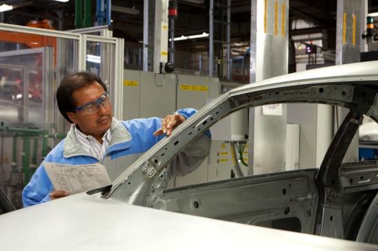 Volkswagen de México produjo 217 mil 721 unidades en los primeros cinco meses del 2012.